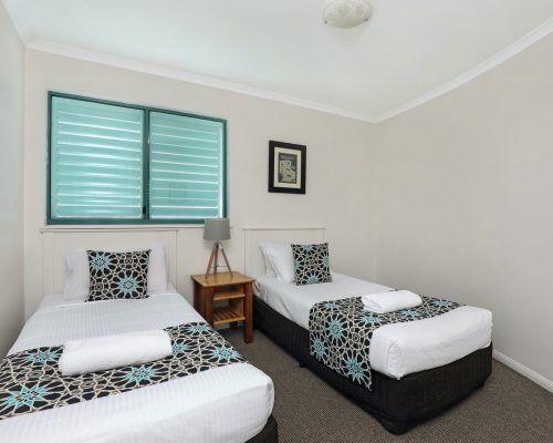 apartment-3-bed-ocean-rooftop-room-60-2
