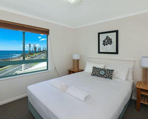 apartment-3-bed-ocean-rooftop-room-60-3