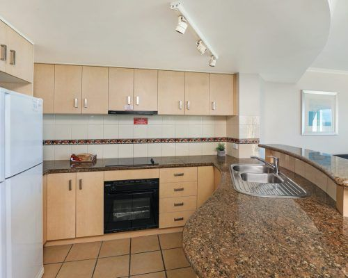 apartment-3-bed-ocean-rooftop-room-60-4