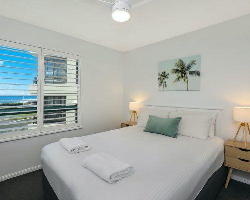 apartment-3-bed-ocean-room-15-1