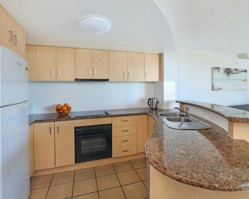apartment-3-bed-ocean-room-15-13