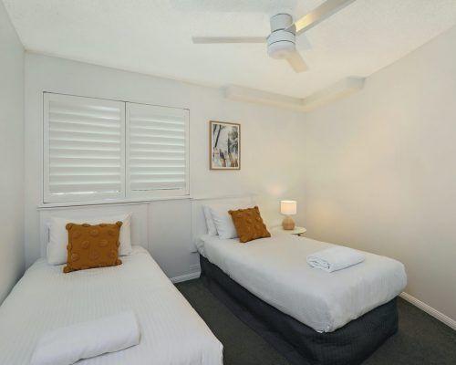 apartment-3-bed-ocean-room-15-16