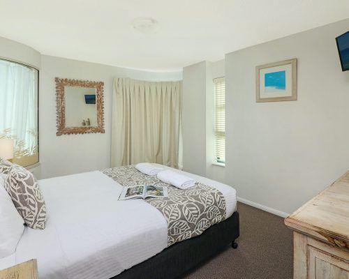 apartment-3-bed-ocean-room-52-2