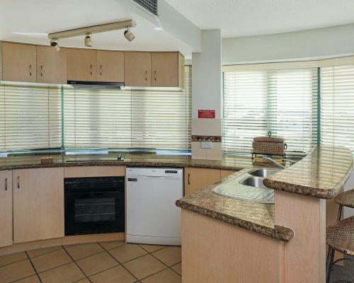 apartment-3-bed-ocean-room-52-9