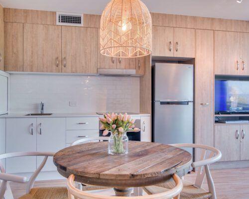 apartment-deluxe-1-bedroom-13